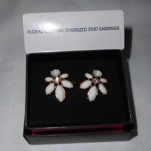 NIB Floral Clusters Oversized Stud Earrings